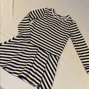 Gap Girls long sleeve dress navy & white strip 6-7